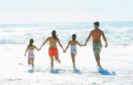 Počitnice si je lani lahko privoščilo 72 odstotkov slovenskih gospodinjstev