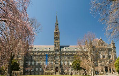 Znana jezuitska univerza se bo pokorila zaradi sodelovanja pri trgovini s sužnji