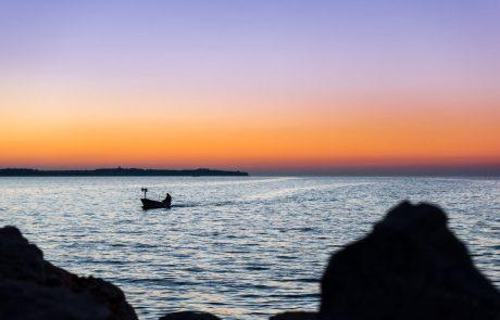 Koprsko sodišče zavrnilo pritožbe hrvaških ribičev in potrdilo posamezne kazni, ki znašajo 922 evrov