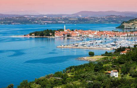 Odločitev o podaljšanju turističnih bonov do konca leta 2021 bo znana decembra