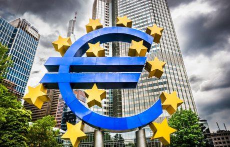 Bruselj razgrnil načrte za tesnejše povezovanje držav z evrom