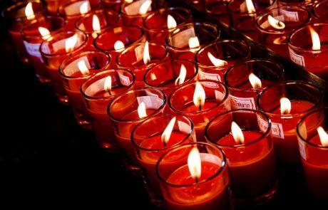 Pred prvim novembrom, dnevom spomina na mrtve, se v številnih krajih po Sloveniji vrstijo žalne slovesnosti