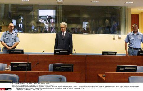 Karadžiću zvišali kazen in ga obsodili na dosmrtni zapor