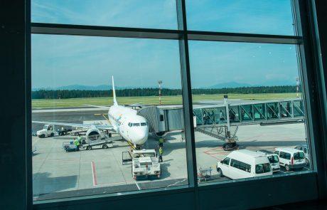 Vse več letalskih prevoznikov zamika datum povratka na ljubljansko letališče
