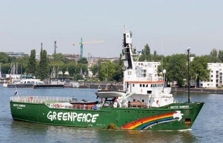 Rusija mora plačati 5,4 milijona evrov odškodnine zaradi Greenpeacove ladje