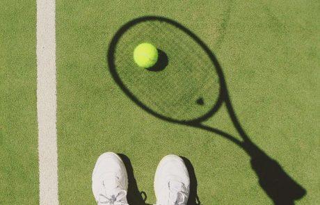 Na tribunah igrišč teniškega turnirja Rolland Garros v Parizu bo dnevno lahko 5000 gledalcev
