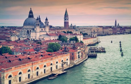 V Benetkah stekla obsežna evakuacija