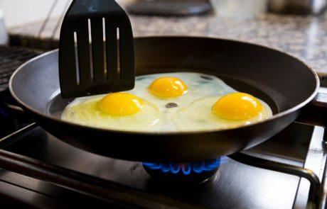 Zakaj bi morali jajca pripravljati na olivnem olju