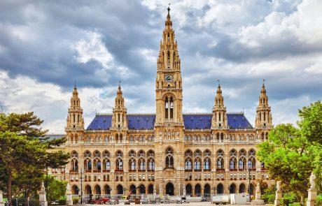 Za ozelenitev fasade lahko vsak Dunajčan prejme do 5200 evrov, za zeleno streho do 20.200 evrov