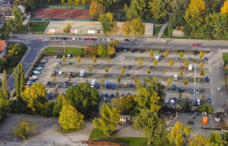 Na Dunaju bodo parkirišča poleti hladili na pameten in povsem naraven način