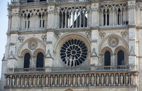 Zbor Notre-Dame bo na božični večer, prvič po požaru, pripravil božični koncert v katedrali