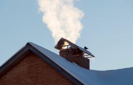 Onesnažen zrak pozimi kriv za močno povečanje števila kapi in infarktov