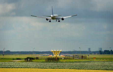 Nizozemska zaradi novega seva koronavirusa prepovedala lete iz Velike Britanije