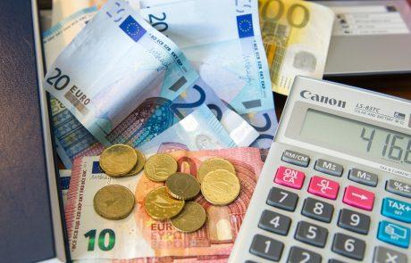 Območje evra v četrtletju z rekordnim, prek 12-odstotnim padcem BDP