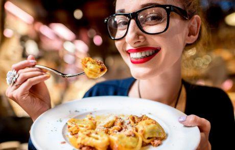 Kalorije nimajo za burek: 15-minutni trik Italijank, s katerim ne samo da testine jejo brez slabe vesti, ampak celo hujšajo