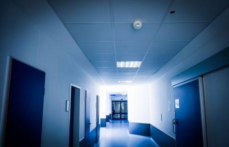 Včeraj potrdili kar 16 novih okužb pri zaposlenih v zdravstvu