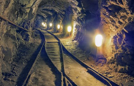 V rudniški nesreči v Turčiji trije mrtvi, 13 jih še rešujejo