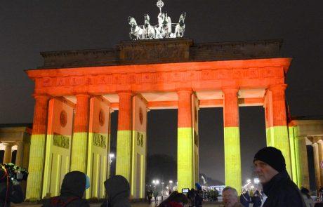 V Berlinu danes znova odprti božični sejmi, terorist še vedno na begu