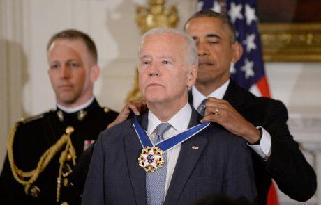 Obama nepričakovano odlikoval Josepha Bidna z najvišjim civilnim odlikovanjem ZDA