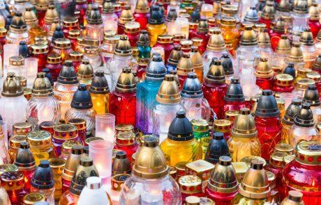 V 20 krajih po Sloveniji se začenja akcija Manj svečk za manj grobov