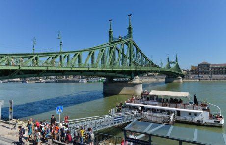 V nesreči turistične ladje na Donavi v Budimpešti umrlo sedem turistov