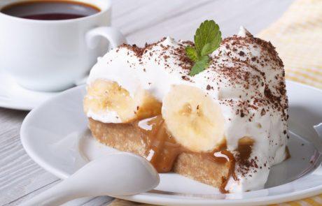 Vikend je idealen za pripravo najbolj okusne, pa tudi najhitrejše bananine torte brez peke