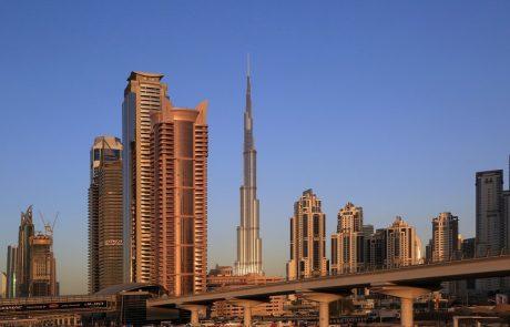 Počivalšek v Dubaju za krepitvi gospodarskih vezi z emirati in o sodelovanju Slovenije na Expu