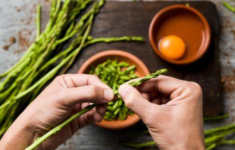 Hitro in enostavno – šparglji za prste polizat, pripravljeni v samo 5 minutah!
