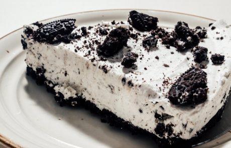 Torta, ki je obnorela svet: Oreo cheesecake iz samo treh sestavin je narejen v samo nekaj minutah