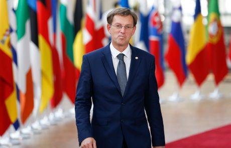Cerar: Erjavca sem moral opomniti, da njegove izjave glede arbitraže bolj koristijo Hrvaški kot Sloveniji