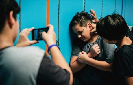 Slovenski šolarji izpostavljeni nasilju in šikaniranju zaradi spolne usmerjenosti ali identitete