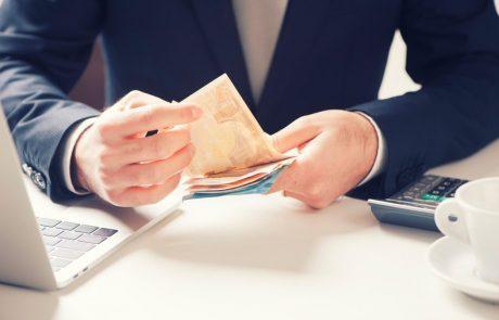 S 1. novembrom ostrejši pogoji: Toliko ljudi ne bo več dobilo kredita