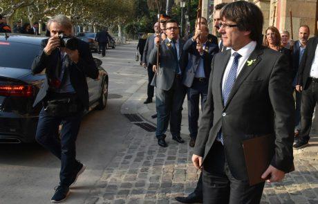 Puigdemont naj bi z ministri zbežal v Bruselj