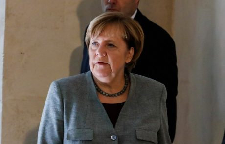 Angela Merkel svari pred posledicami populizma