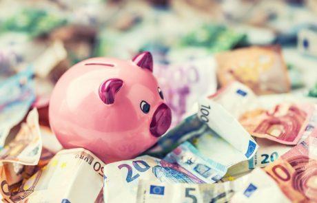 Državni proračun v 11 mesecih s 300 milijoni evrov presežka