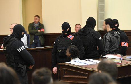 Sojenje glavnemu osumljencu za napade v Parizu pod strogimi varnostnimi ukrepi