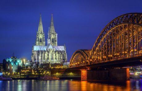 V trčenju tramvajev v Kölnu več kot 40 poškodovanih