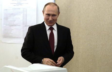 Putin danes na poroki avstrijske političarke, nato še pri Merklovi