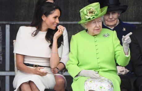 """Kraljica je zaradi Meghan naredila nekaj zelo nenavadnega: """"Tega ni Kate nikoli ponudila"""""""