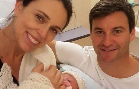 Novozelandska premierka, ki je zaročena že dve leti, se bo poleti končno poročila