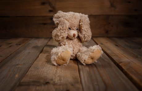 Duševno zdravje otrok in mladostnikov: Na strokovno pomoč se čaka nekaj mesecev, celo do enega leta