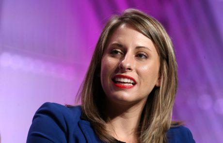 Demokratska kongresnica odstopila zaradi živahnega zasebnega življenja
