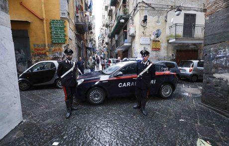 Italijanska policija je izvedla obsežno racijo v boju proti delovanju sicilijanske mafija Cosa Nostra na trgu ilegalnih stav na medmrežju