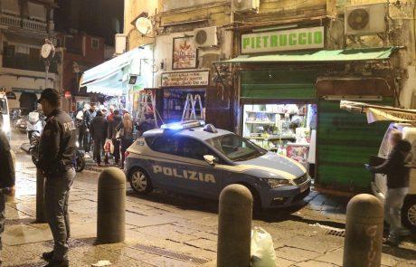Italijanska policija v veliki raciji v Trstu, Neaplju, Milanu in Vidmu prijela več članov Camorre
