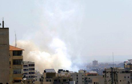 Z območja Gaze so danes po podatkih izraelske vojske na Izrael izstrelili skoraj sto raket