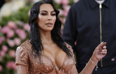 Pogumna Kim Kardashian se je odločila za veliko spremembo v svojem življenju