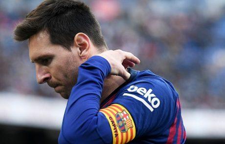 Španski nogometni velikan Barcelona je zašel v velike finančne težave, grozi ji stečaj