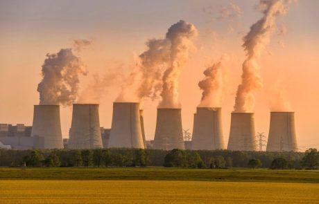 Velika Britanija je ta teden postala prvo večje gospodarstvo na svetu z uradnim ciljem ničelnih neto izpustov ogljikovega dioksida do sredine stoletja