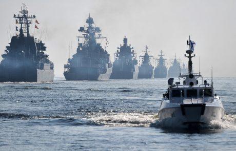 V Črnem morju rusi izstrelili opozorilne strele za rušilec britanske mornarice, London zanika