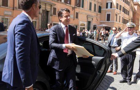 Italijanski premier Conte bo še danes ponudil odstop